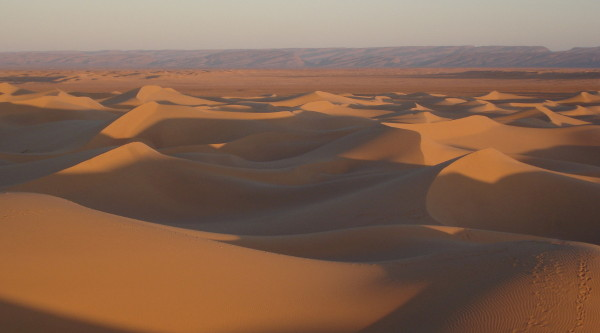 2 Days Marrakech Desert Tours To Erg Lihoudi Dunes